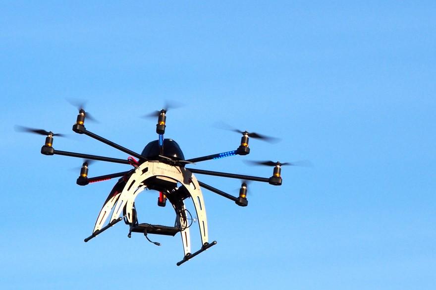 Des drones solaires pour remplacer les hélicoptères de surveillance