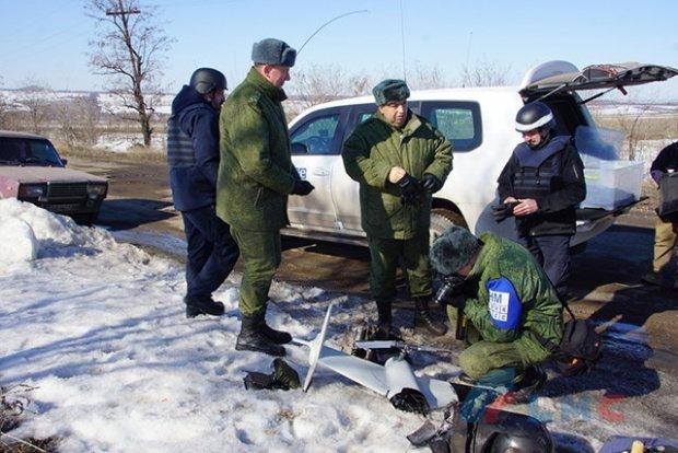 Les FAU abattent un drone de l'OSCE pour cacher leurs armes lourdes.