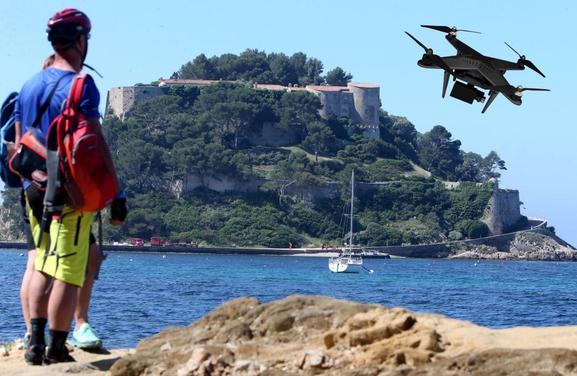 Un nouvel arrêté interdit le survol en drone de 17 zones sur la Côte d'Azur et le Var.